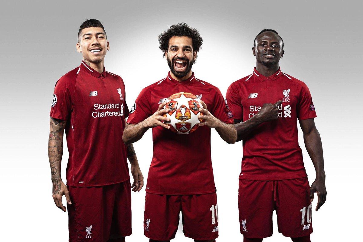 El tridente del Liverpool🏴, Mohamed Salah🇪🇬 (94), Sadio Mané🇸🇳 (79) y Roberto Firmino🇧🇷 (77) llegaron a los 250 goles oficiales bajo el mando de Jürgen Klopp.   ¡Históricos de Anfield! https://t.co/hEEt83BSQi