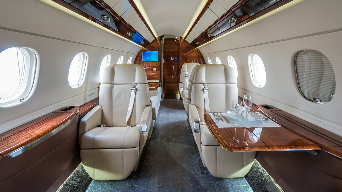 Need a charter for your next trip? Get in touch with us and we will be happy to assist you in finding the right aircraft for you.  #privatejet #flyprivate #luxury #corporateaviation #lifestyle #bizav #businessaviation #businessjets #planelovers #charterbroker #privatejettravel https://t.co/gigjP89bIS