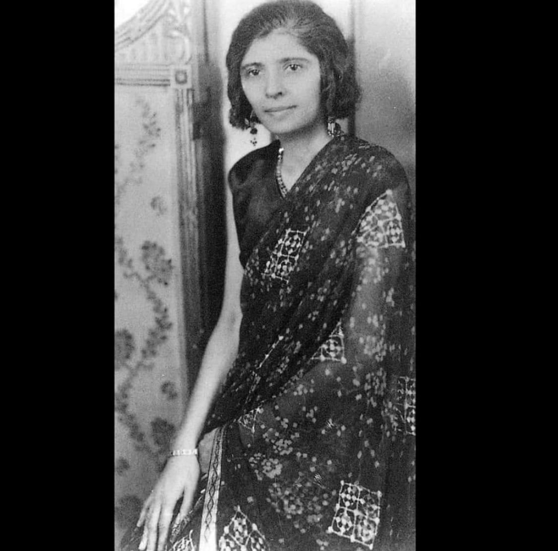 They sent a broken ambulance to #Jinnah Sb.  If they could do that then talk of their role in the death of #FatimaJinnah might be true.   We need answers. https://t.co/B0g7oDDyPZ