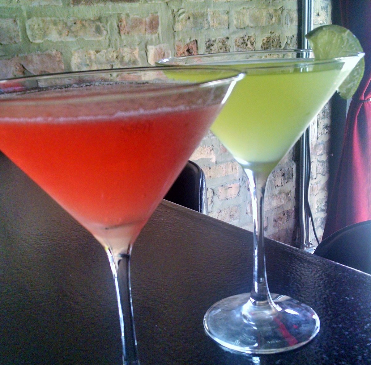 $5 #Martinis on Friday! #drinkspecial https://t.co/pEZQlEdM0T