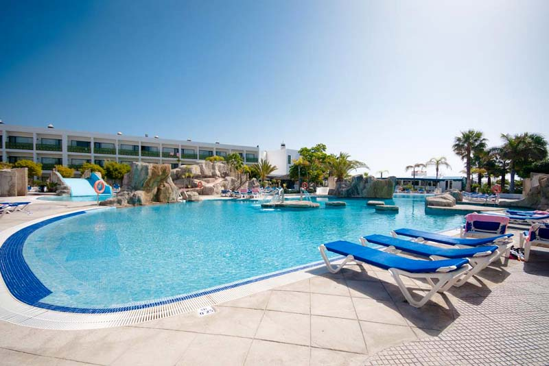4⭐️ Lanzarote All Inclusive from £239⁉️ 😍  August - March 2021 dates ➡️ https://t.co/qfs0tCy0Eo  7 night breaks with return flights  ATOL Protected https://t.co/wdp7YOq061 #SME #ThursdayThoughts #FridayThoughts #SaturdayMorning #SundayThoughts #MondayMotivation #TuesdayThought…