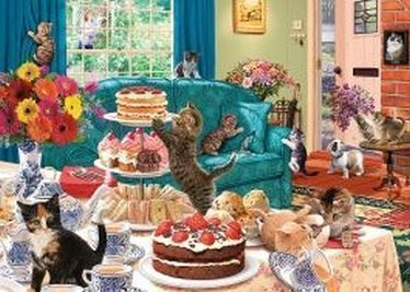 This 1000 piece jigsaw features a colourful scene of naughty kittens wreaking havock while their owner is gardening outside.   Buy yours here....  http://ow.ly/2TPl50Aqxjh pic.twitter.com/HC0O8Iy5yj