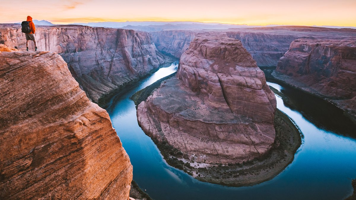 It's #ThrowbackThursday. Show of hands: Who here's been to Horseshoe Bend near Page, Arizona? 🖐 Post your #tbt pic in the comments! https://t.co/0iv5kDUKBL