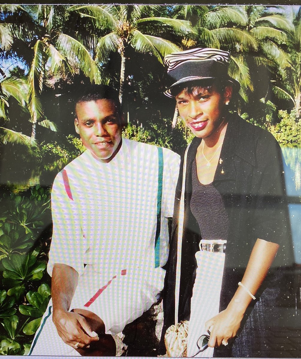 Throwback Thursday is really a testimony to one of my great friends Olympic great Carl Lewis. A trip to Kona village that we will never forget  that typhoon and lots of pies. Here is to lifelong friendship we were  just babies😀@Carl_Lewis @blackdontcrack https://t.co/tjihInsWMc