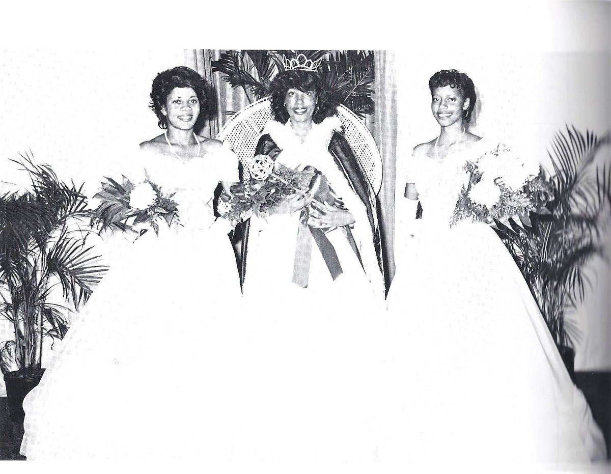 Throwback: Miss Albany State College and the royal court in 1983. Pictured are Vanessa Edwards, Mollene Rowell and Sharmagne Daniels. https://t.co/ok99kurY2d