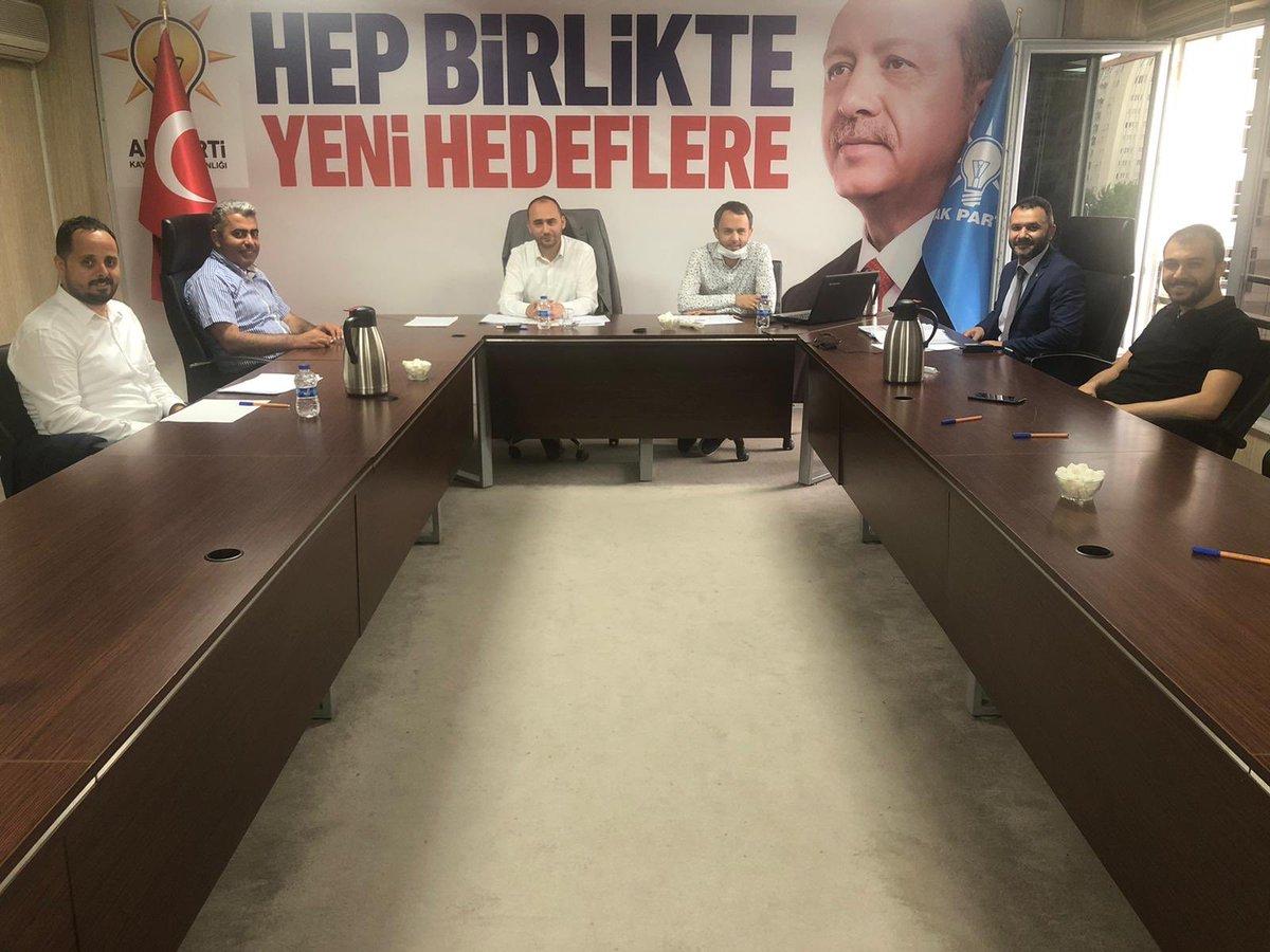 Gerçekleştirilen toplantıların Hayırlara vesile olmasını temenni ediyoruz. @erkankandemir @halisdalkilic @sabancopuroglu https://t.co/uHH9Q6eCKI