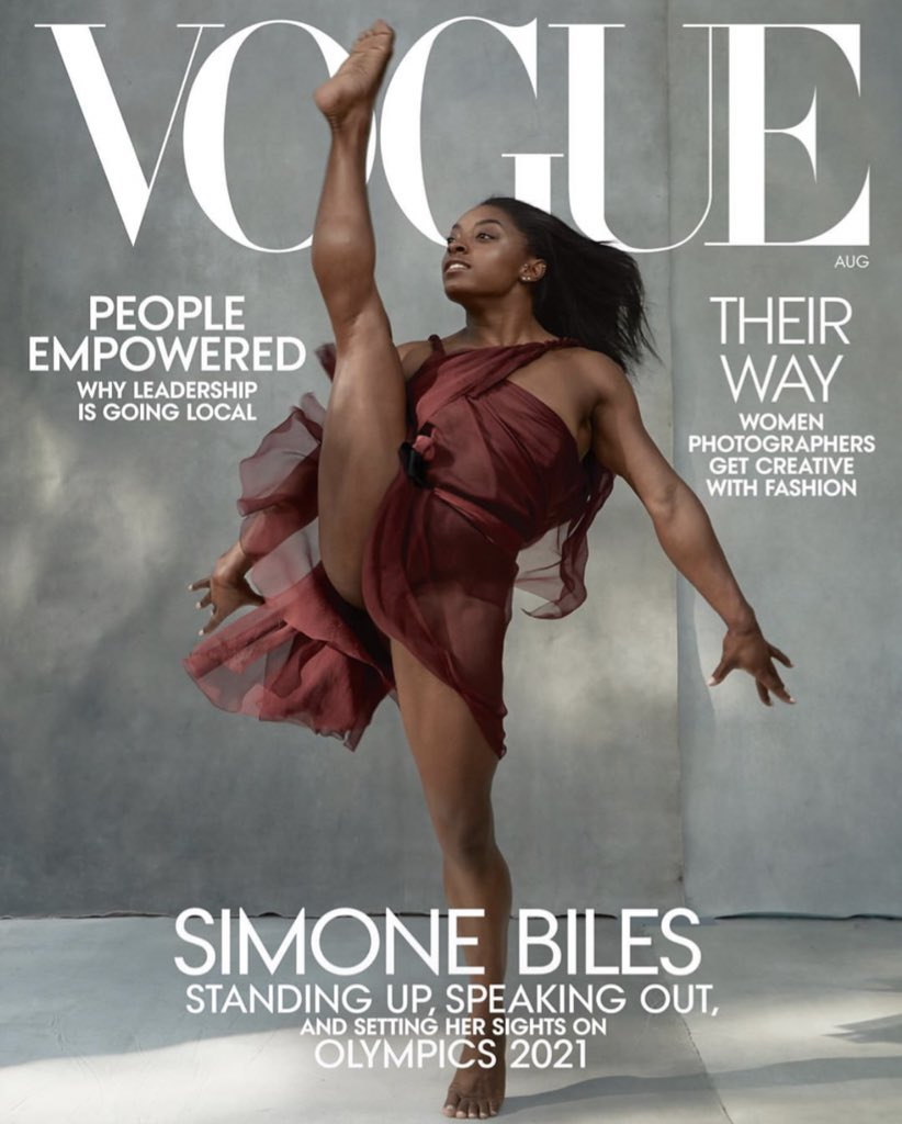 Simone Biles on the August issue of VOGUE!!! 🙌🏾💕 https://t.co/XrjWGOnRYG