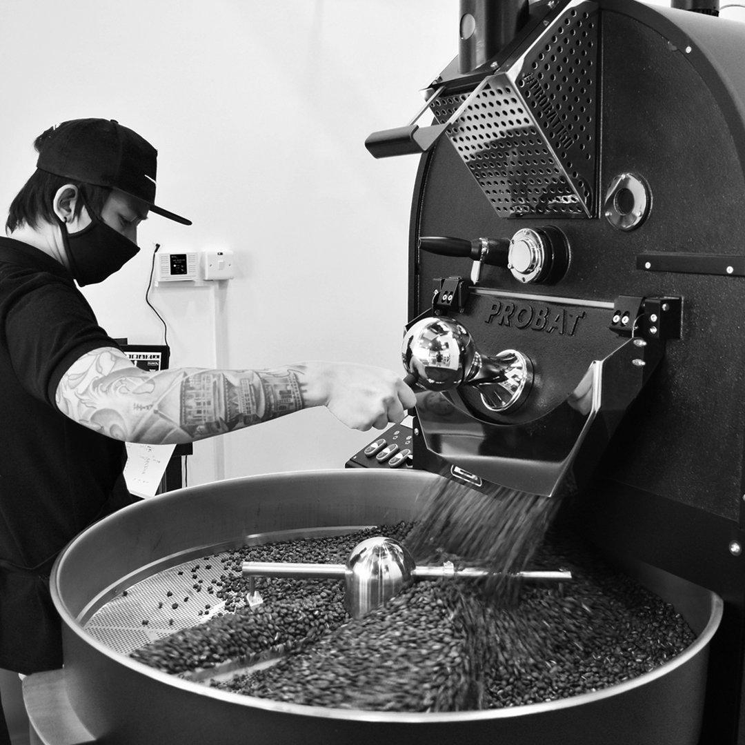 Our dedication for great taste reflects the color of our soul...and that is Black and Coffee.  Cheers mate.  Visit and shop @ http://www.specialityshop.ae  #specialityshop #coffeebeans #specialtycoffee #coffee #coffeetime #coffeelover #coffeeshop #coffeeaddict #coffeebreak pic.twitter.com/rVj0767Ltf
