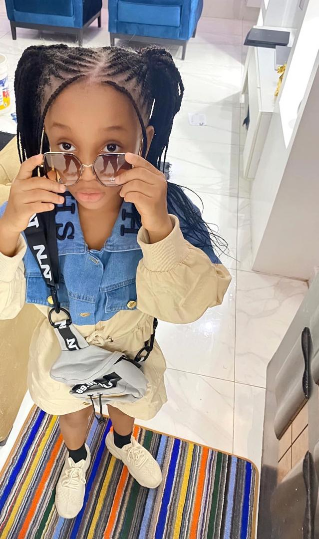 """BBNaija is Somebody's Business n Tacha took D best fans of D Show  So as it is now...it is A w@r!  They are putting A narrative Out there to Blacklist Tacha and Steal her Fans  we saw alot of none Titans Last night mounting the Trident and shouting""""i unstan  be Woke! #IgweTacha<br>http://pic.twitter.com/WOYCNIuRlN"""