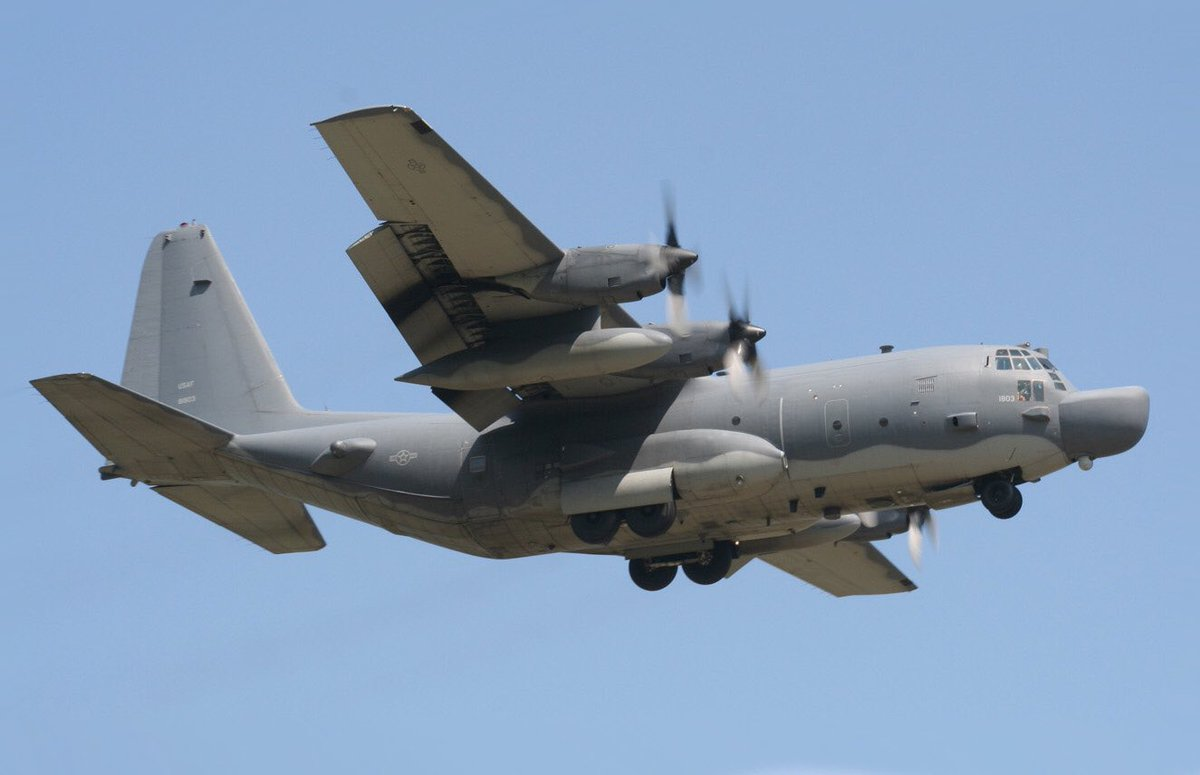 To date there are now 12 different variants of C-130s flying.  These include; ISR, Coast Guard, EW, Tac Command, Rescue, Ariel Refuelling, Weather recce, SF, Gunship variants. https://t.co/XuvCnT8Pxv