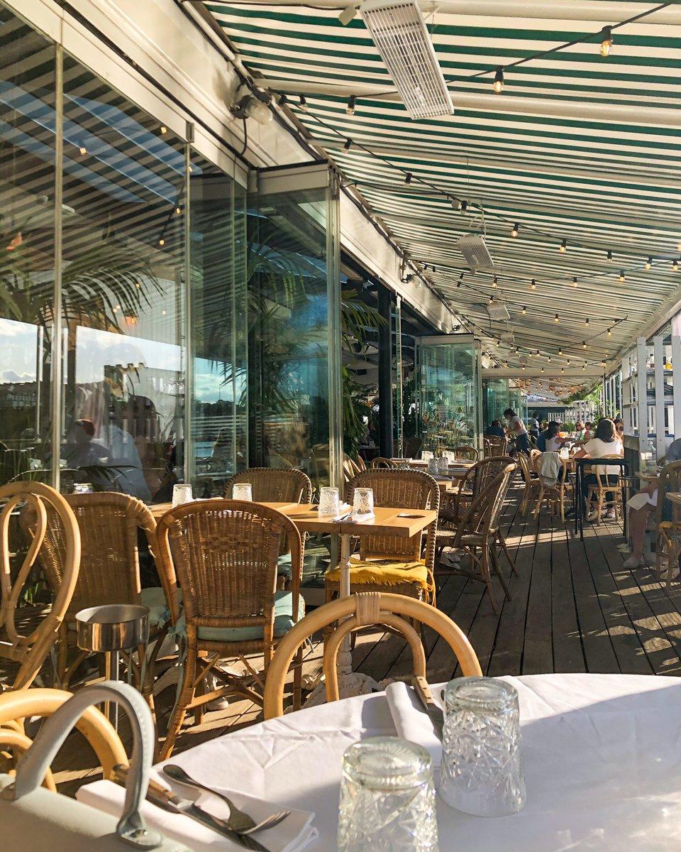 Si vous aimez les endroits fancy, les fruits de mer, chiller sous le golden hour, c'est le resto parfait 🥺  📍Polpo https://t.co/obiJzCZw3B