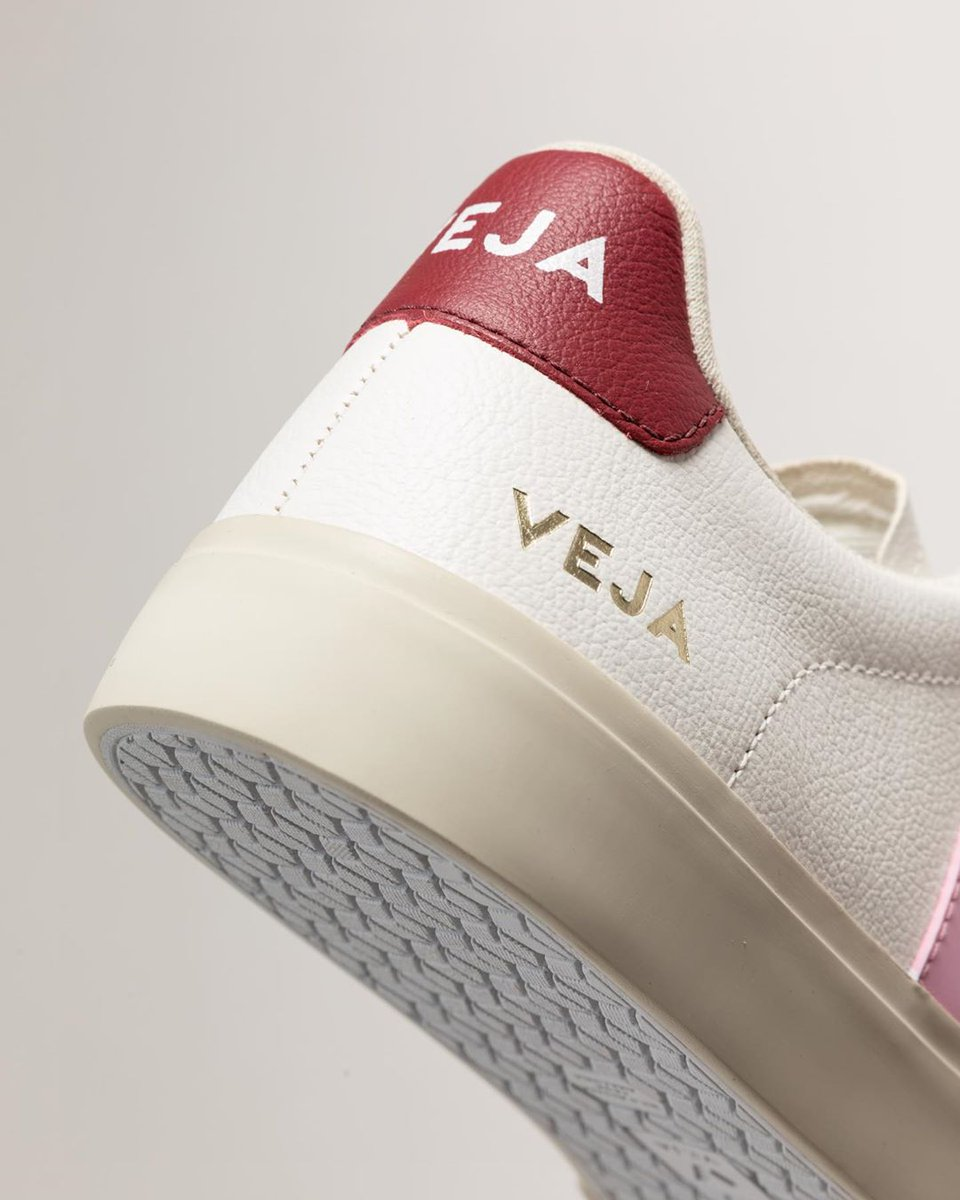 NEW IN!  Our Campo White Guimauve Marsala are made out of ChromeFree leather, soft lining (33% organic cotton & 67% of recycled polyester) and Amazonian rubber.   Available here: https://t.co/7rF2CM2QZ4 #veja #vejacampo https://t.co/Ti4WCG8LEh
