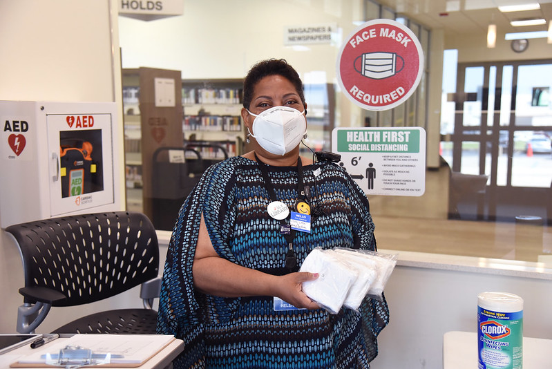 All St. Louis County Library branches are providing free face masks to help prevent the spread of COVID-19. Ask for one at your local branch!