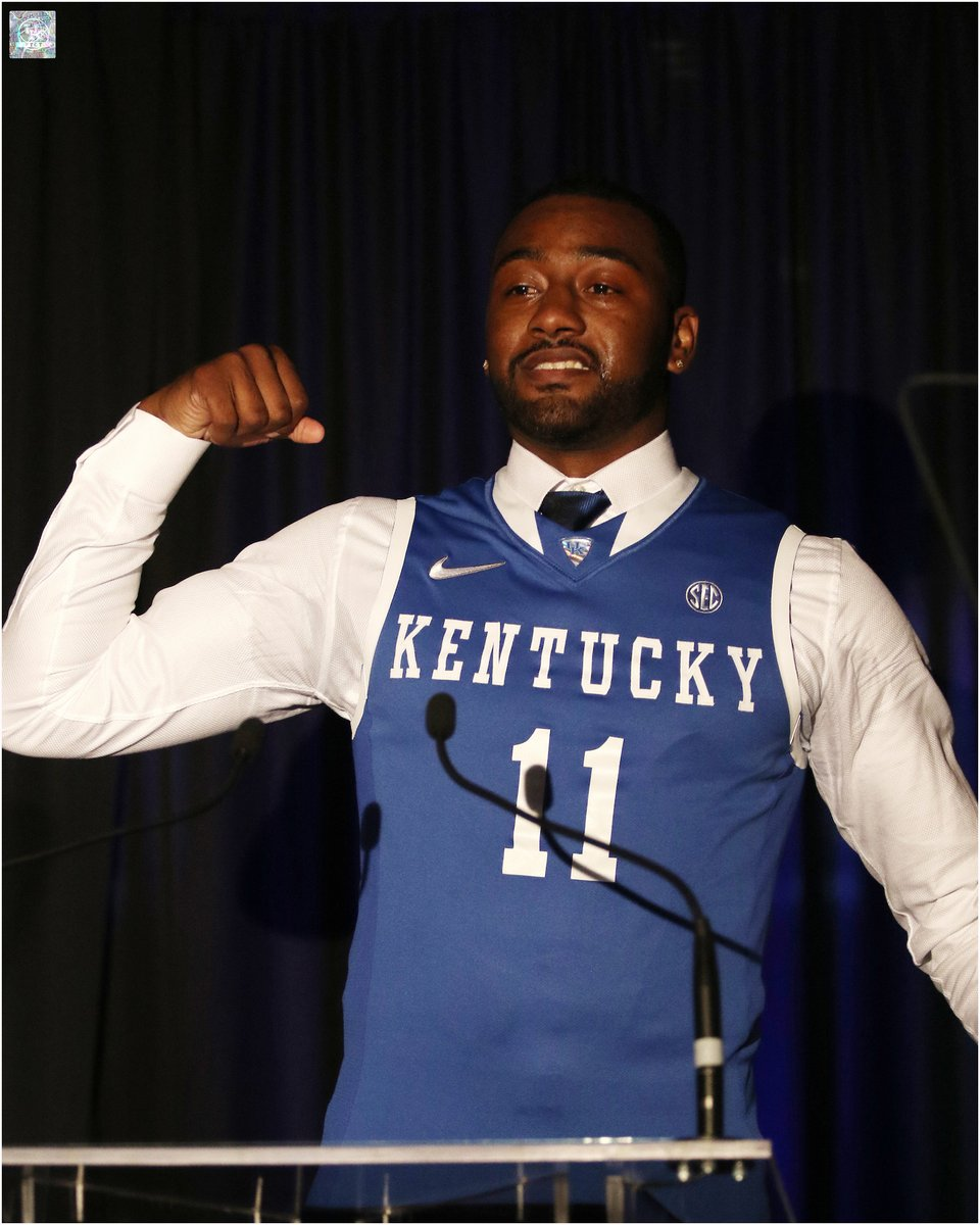#LaFamilia Legend @JohnWall was a 2017 inductee into the @UKAthletics Hall of Fame