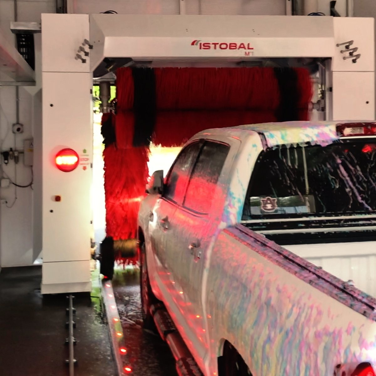 Our automated bay will give you a clean vehicle without any effort!   http://warriorwashwise.com    #CarWash #CleanCar #WiseVApic.twitter.com/VUDe3KCW2V