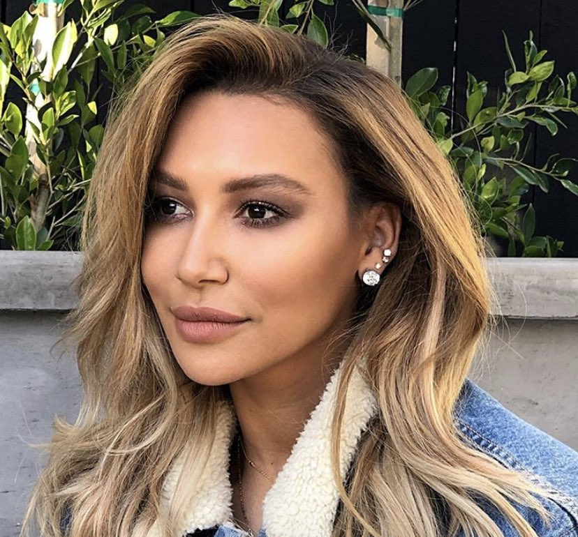Authorities are now presuming Naya Rivera to be dead after she went missing in a lake yesterday, TMZ reports.  The rescue mission has become a recovery mission. 🙏 https://t.co/LjGtEolVhD