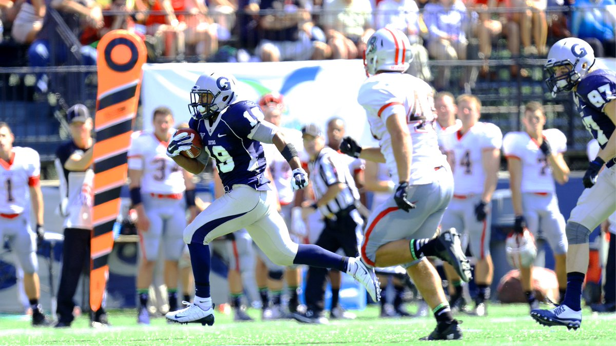 Throwback to 2014 - 57 yard touchdown run by #19 RB Danny Wright in the Hoyas' 17-3 Win vs. Brown to celebrate the 50th Anniversary of the Modern Era of Georgetown Football. #tbt🔙📸 #HOYASAXA #DefendTheDistrict