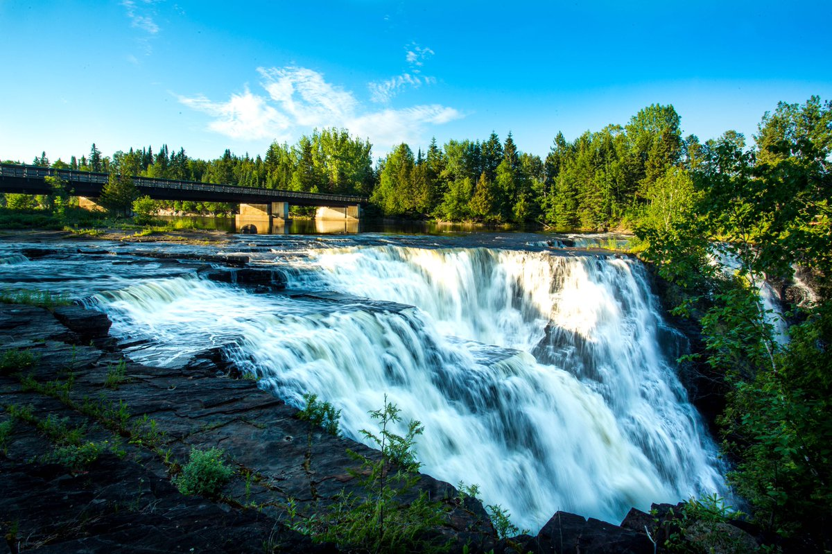 Obsessed with #kakabekafalls and #longexposure photography pic.twitter.com/frkpkdSunl