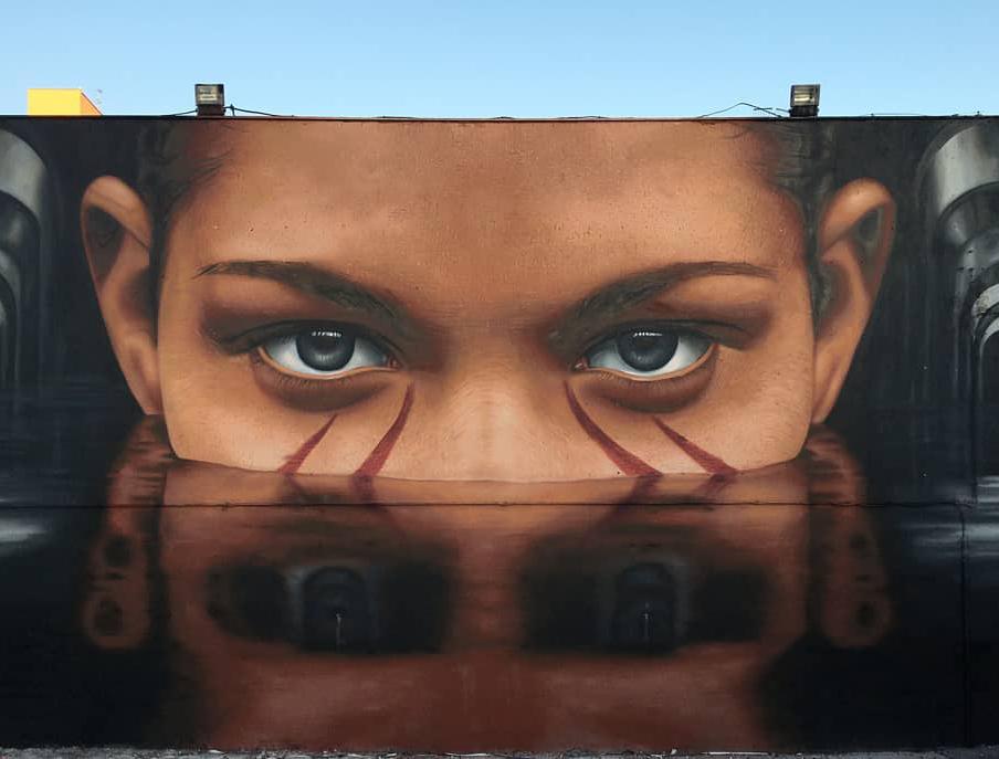 ... the marks on the skin tell your story, your eyes your soul. Art by Jorit Agoch in Napoli #StreetArt #Art #beauty #Soul #Eyes #Skin #graffiti #Napoli #UrbanArtpic.twitter.com/Qru1MWdCdi