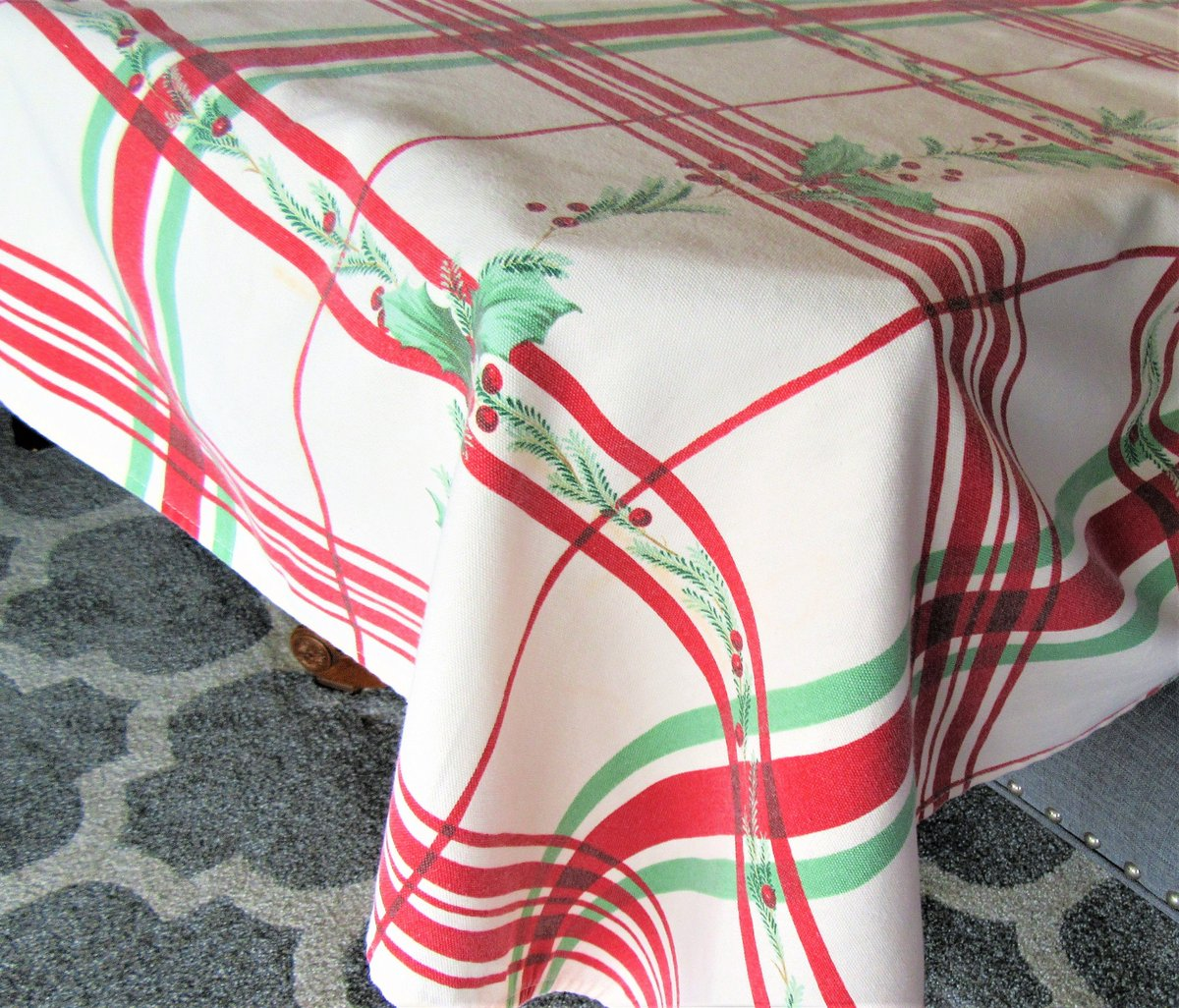 Excited to share the latest addition to my #etsy shop: Lenox Holiday Tablecloth, Banquet Size, 60 X112 Rectangle, Red Stripes and Holly, Heavy Cotton https://t.co/roraFuaUu8 #white #christmas #rectangle #red #cotton #vintagetablecloth #vintagelinens #vintagetablecover https://t.co/IkIuX3PHW1