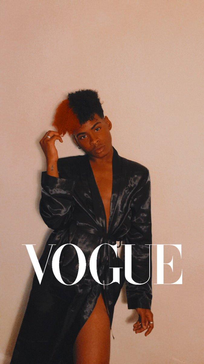 @voguemagazine inbox me for my modeling deal 💋