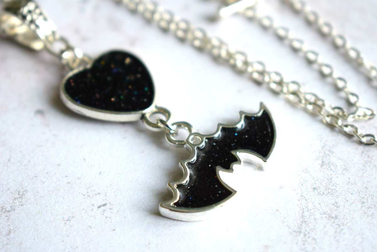 Black bat and heart necklace with just a hint of shimmer  #gothgirl #gothic #handmadejewellery #etsyuk #mnukteam   https://www.etsy.com/uk/listing/793889721/black-glitter-bat-and-heart-necklace-bat?ref=shop_home_active_47 …pic.twitter.com/pNDvAwXGqe