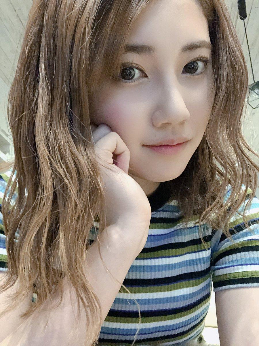 髪の毛のびろ〜っ😊早く 晴れの日こい!夏が待ち遠しいよ☀️🌻