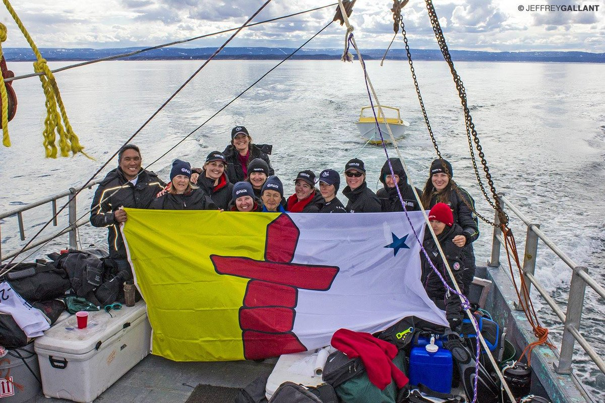 Let's Celebrate Nunavut Day!  ᓇᓪᓕᐅᓂᖅᓯᐅᖅᑕ ᓄᓇᕗᑦ ᐅᓪᓗᖓᓂᒃ!  Nunavut Obloa Koviahokvigitigo!  The @SednaEpic's ocean knowledge sharing & mobilization program used touch aquariums & underwater robot building workshops to reach hundreds of youth in Iqaluit #NunavutDay