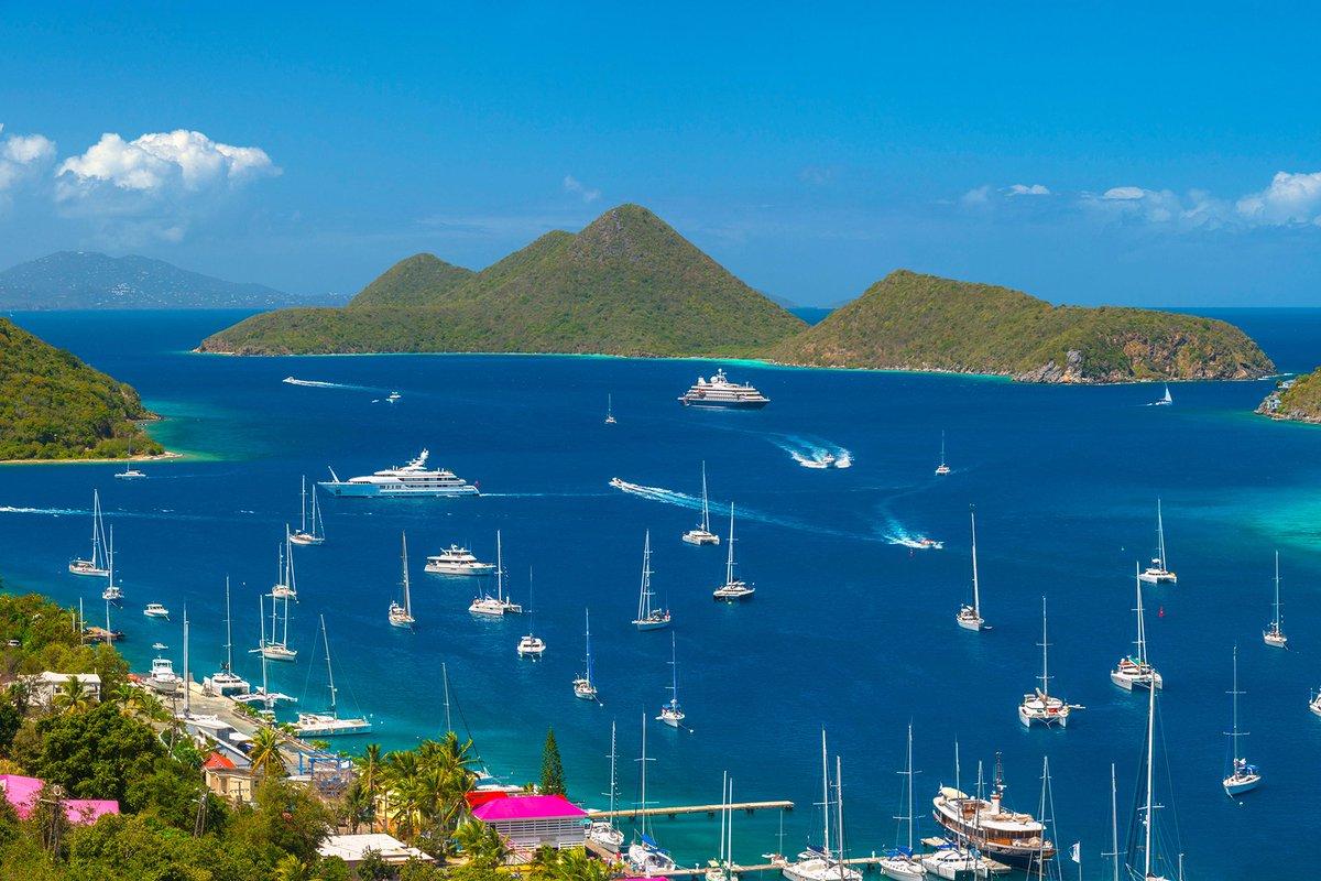 The British Virgin Islands. #TravelandLifestyle #bvi #britishvirginislands #carribean #amazingplaces #beautifulplaces #travelblogger #travel #travelphotography #photography #nature #travelgram #tortola #wanderlust #adventure #travelblogger #vacation #beach #holidaypic.twitter.com/obFT0vqJVs