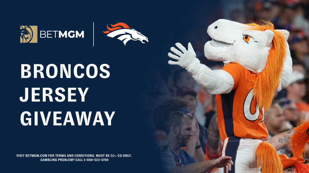 .@BetMGM                       @Broncos                              🤝                🚨 GIVEAWAY 🚨  We're giving one lucky follower a Broncos jersey of their choice to celebrate our partnership!  To enter: ☝️ Retweet this tweet ✌️ Follow @BetMGM  T&Cs: https://t.co/hn1UdyGIUd https://t.co/zfMuAyiqcL