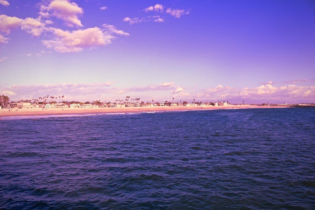 New to the Etsy shop - this colorful photo of Seal Beach! #SealBeach #SealBeachPier #TheOC #OrangeCounty #beach #waves #sand #sea #ocean #PacificOcean #Cali #California #SoCal #nature #photography #naturephotography #CaliforniaNature #Etsy #Etsyshop #printableart #linkinbiopic.twitter.com/N5vZVzgVwF