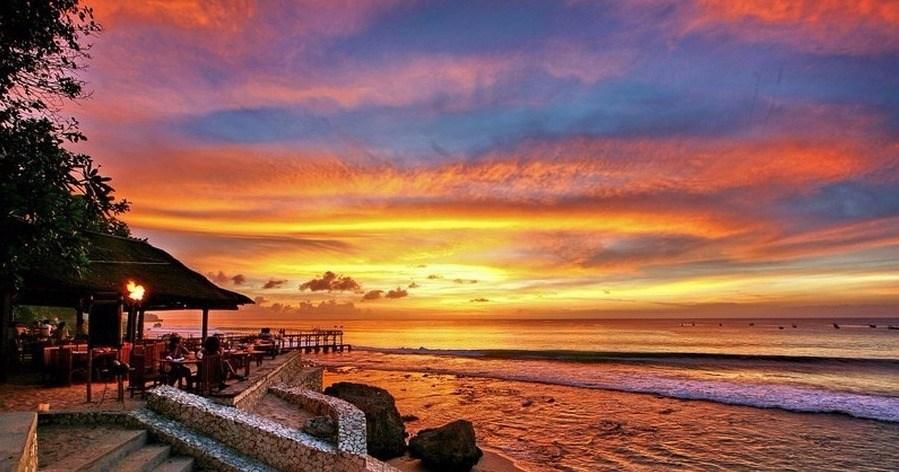 Rekomendasi Hotel Di Bali Untuk Bulan Madu Pasangan Baru - https://wp.me/pahZrL-3VO?wpwautoposter=1594317263…pic.twitter.com/fuuBbVQbNj
