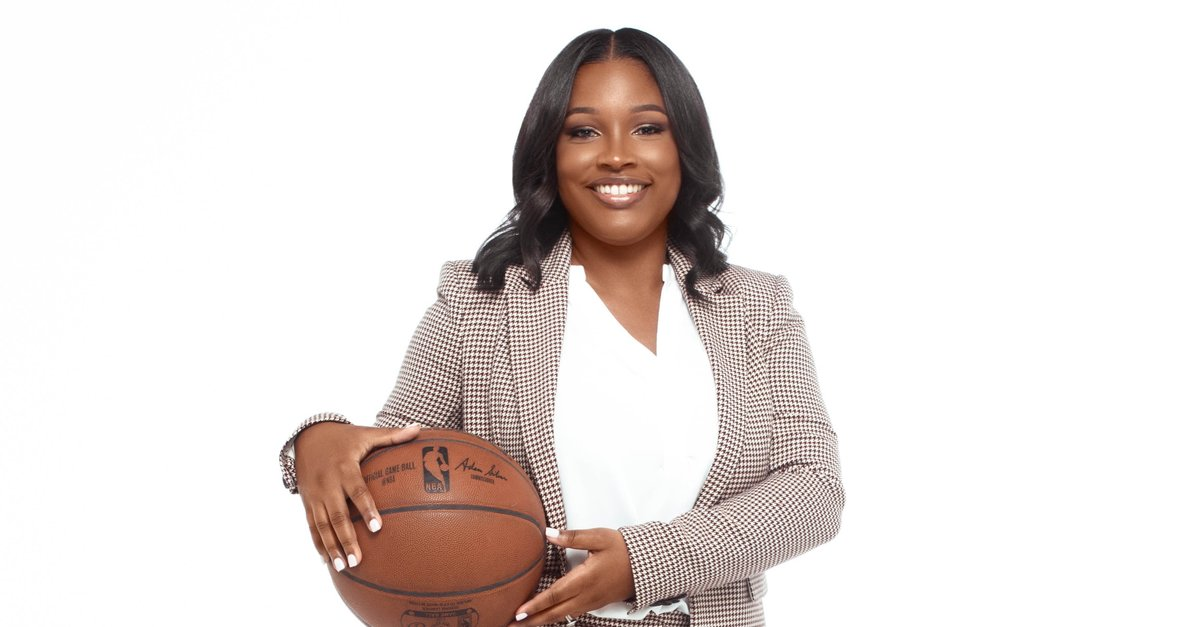 Just Announced: Tori Miller has been promoted to General Manager of the Skyhawks. Miller's promotion makes her the first woman to hold the title of General Manager in the history of the @NBAGLeague.  Details & More @ATLHawks hires and promotions: https://t.co/961sIWQPin https://t.co/Zn5MOJM8U4