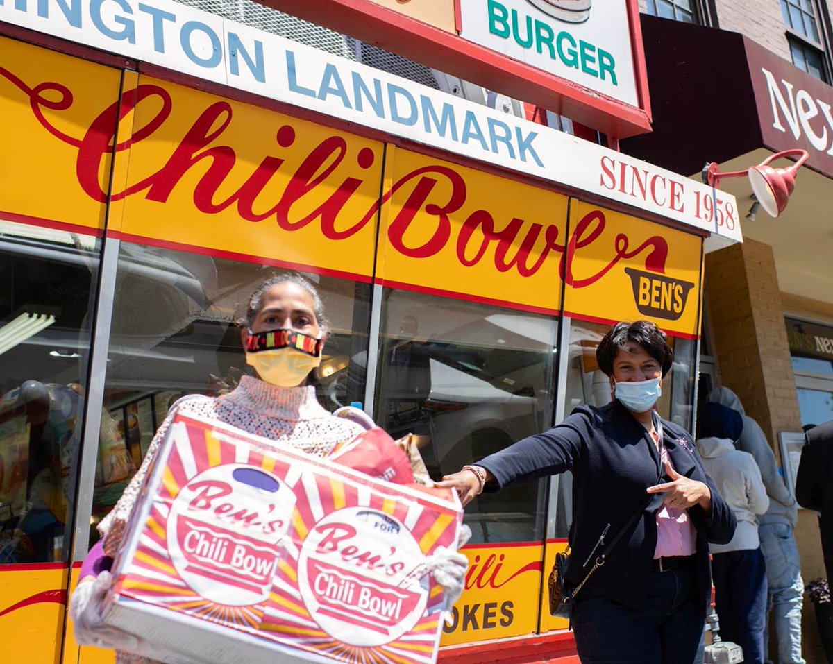 ... and support local businesses like @benschilibowl