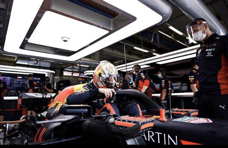 Fijne avond fans.😀💪🏻  Morgen gaat het weer beginnen.👊🏻  #MaxVerstappen #F1 #AustrianGP #MightyMax https://t.co/t8hdbbAhs3