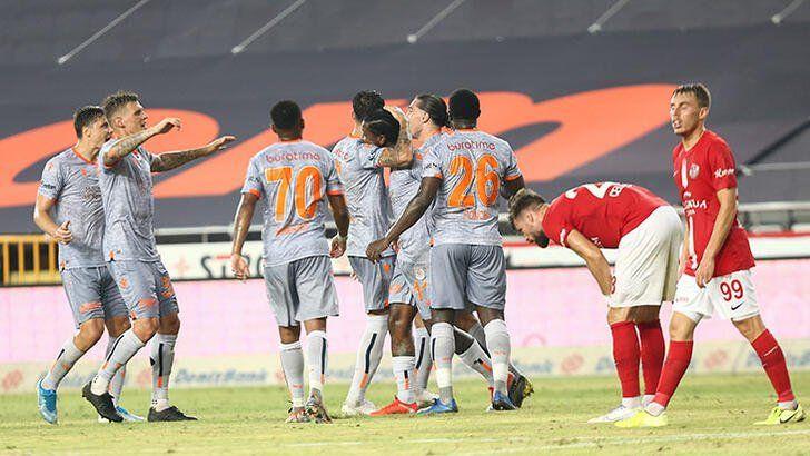 باشاك شهير يتقدما بخطى ثابتة نحو لقب الدوري التركي لكرة القدم turkpress.co/node/72808