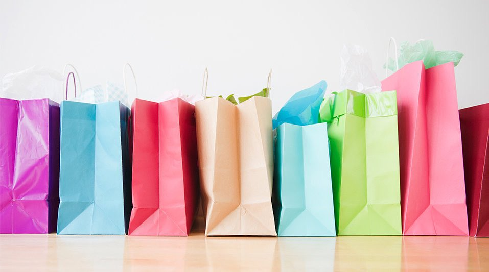 Christmas in July shopping event to support Hendricks  County small businesses & Project A.N.G.E.L.  https://t.co/MdbInvRGp2  #COVID19 #SmallBusiness #SupportLocal #ProjectANGEL #BrownsburgIN #inHendricks #ALLinHendricksCounty https://t.co/UBruGEIq9s