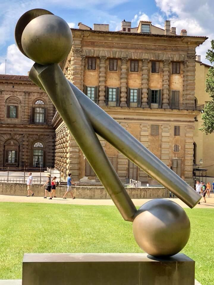 Two years ago in #Florence #Sculpturepic.twitter.com/MVgEIxUQ6h
