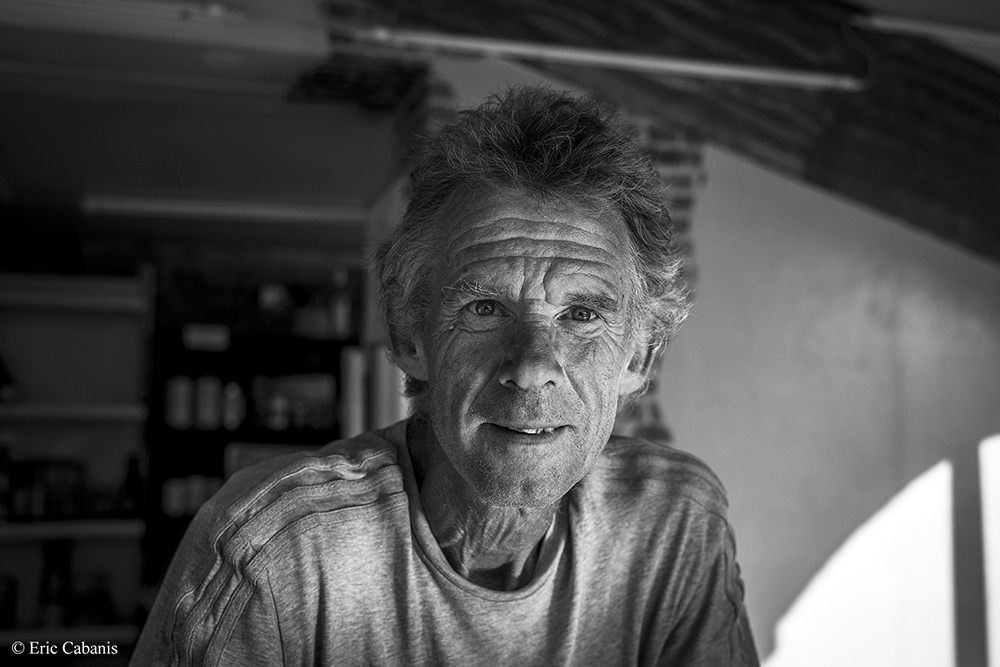 Chatting and drinking with Alain met this July 9, 2020 at the Tavern in the village of Montgaillard-Lauragais #photography #portraitphotography #blackandwhitephoto pic.twitter.com/3yEUkBFZhN