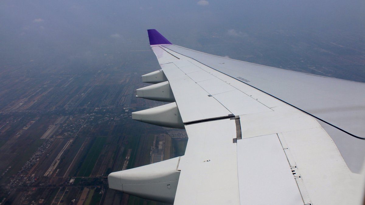 Another flight on @ThaiAirways this time back down to Bangkok. Wing view now on #YouTube   https://t.co/OQrMljgdfp  #avgeeks #aviation #aviationphotography #Thailand #Thai #Bangkok #chiangmai #Travel #travelblogger #traveling #travelling #TravelTuesday https://t.co/gjyglGny3D
