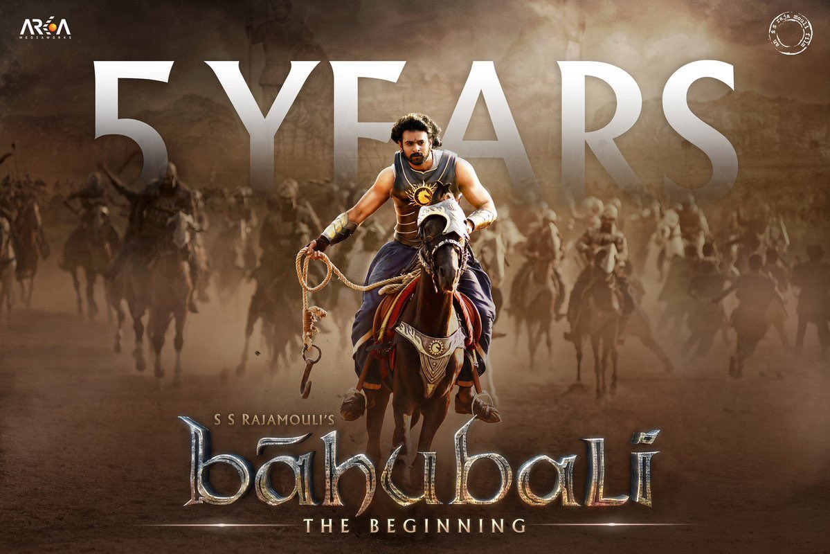 "#Bahubali This Day 5 year ago ""The Beginning of New Chapter in Indian Cinema"" . A proud moment for Telugu people !  @ssrajamouli @RanaDaggubati @arkamediaworks @mmkeeravani  #5YearsForBaabubaliRoar #SSR #Rajamouli #Prabhas #Keeravani #Anushka #TeluguFilmNagar #TeluguFilms #Telugupic.twitter.com/vsL9E6RAXw"