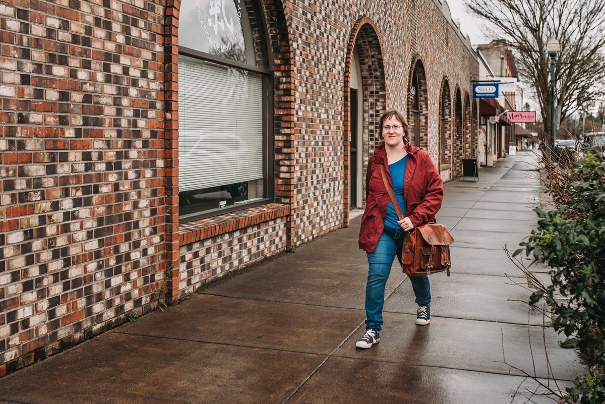I miss normalcy. I miss being able to take a stroll to meet a client or go to the local bookstore. What do you miss the most about the #oldnormal?  #WritingUnfiltered #ContentWriter #NewNormal #Writer<br>http://pic.twitter.com/ZcSEuJgQLb