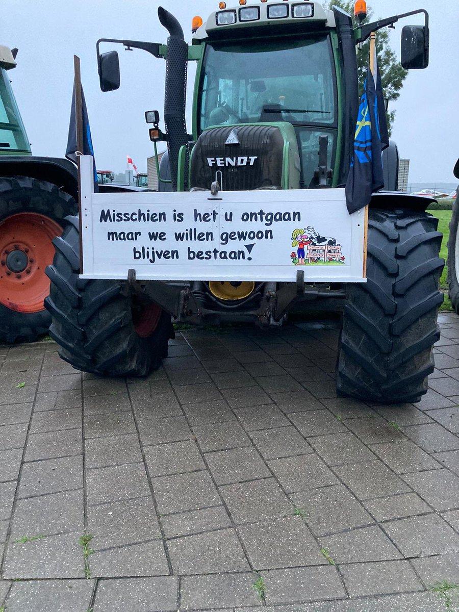 'Bestaan boeren staat op het spel'. #boerenprotest