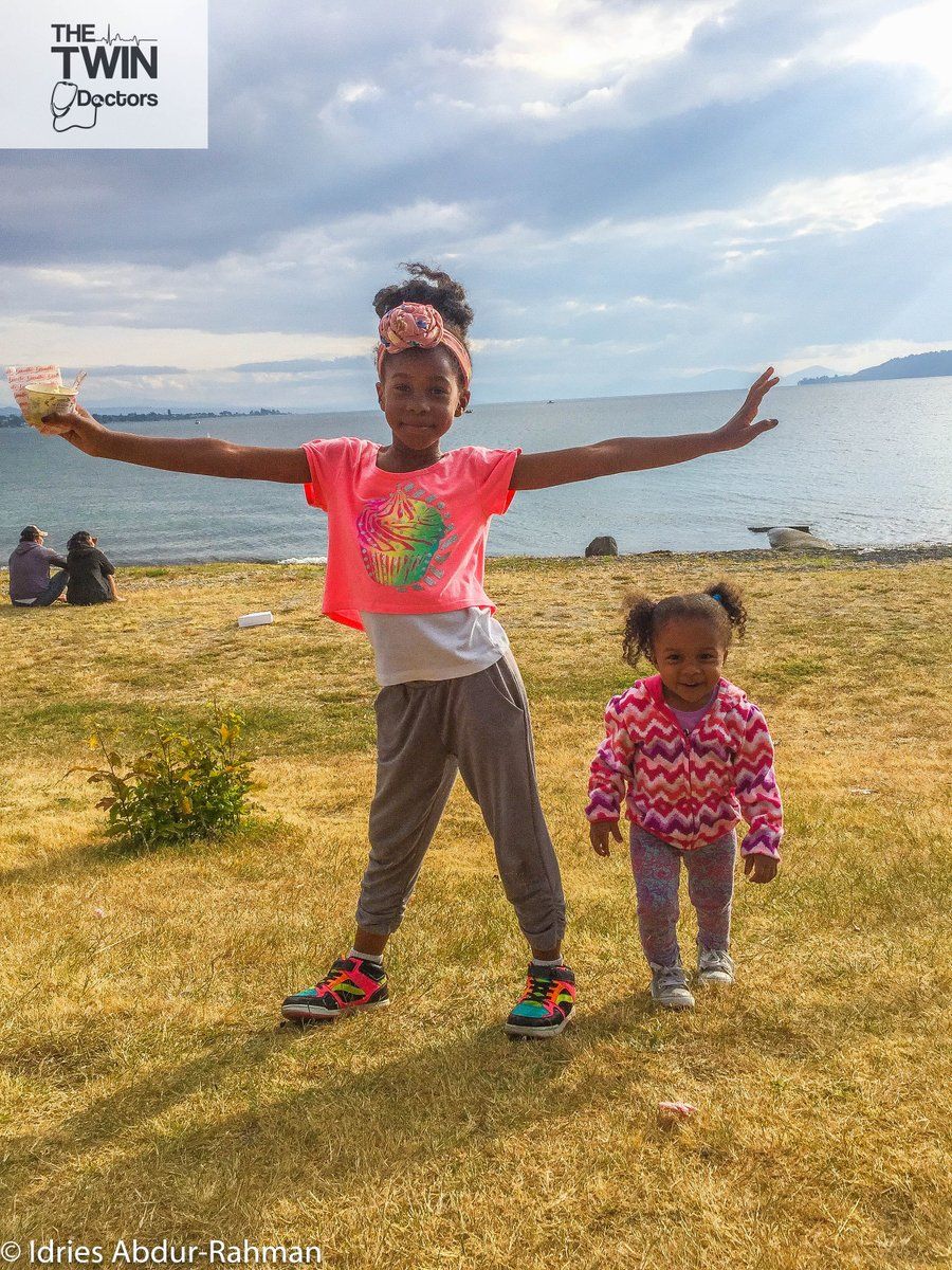 Striking a pose in the #SouthernHemisphere. #LakeTaupo #NewZealand #TheTwinDoctors #TwinDoctorsTV #TwinDocsTravel #Sisters #travel #travelphotography #photography #wanderlust #adventure #travelblogger #trip #vacation #explore #traveling #landscape #beautiful #holiday #beach https://t.co/zjlZfoMHMQ