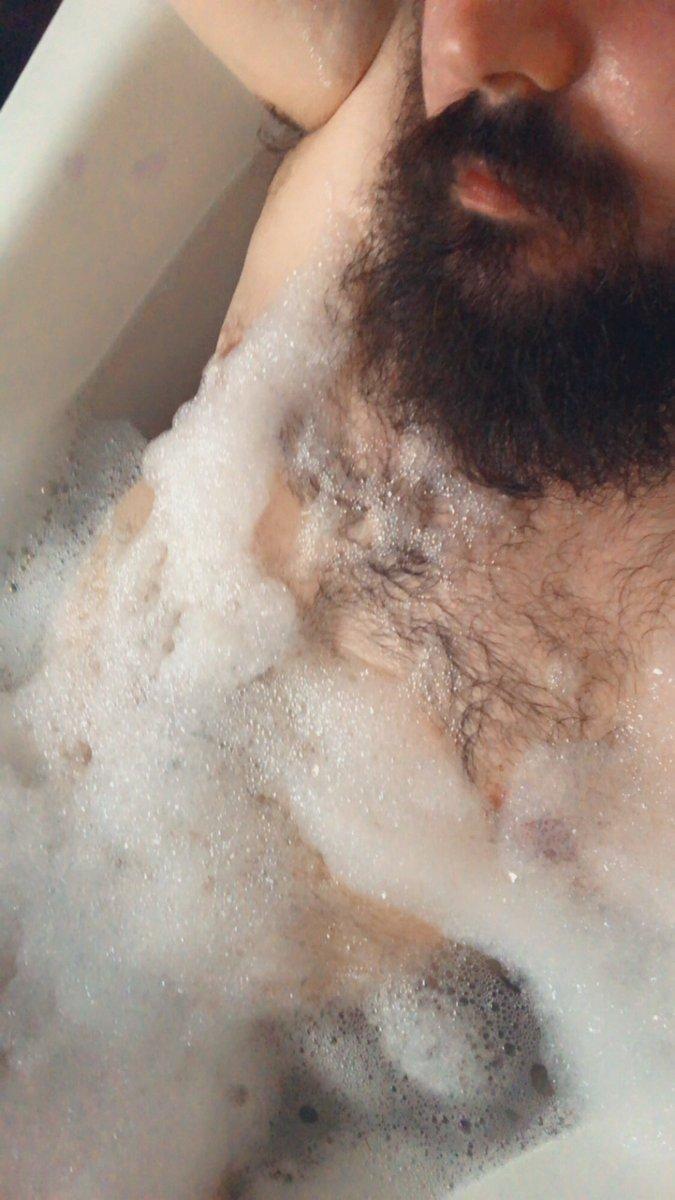 Is it even a bath without bubbles.  #gayni #scruffygay #gayselfie  #beard #beardedgay #beardedmen  #gayman #gay #scruff #scruffybeard #gaybear #gayfollow #gayuk #gaycub #gaymer #bearscubsnbeards #gaylife #hairybear #gaymen #hairy https://t.co/lnSsPTgu7w