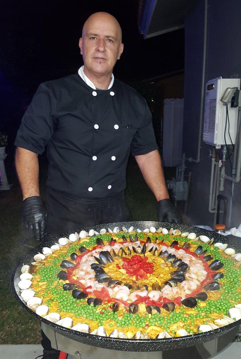 Paella Mixta en Kendale Lakes #ggpaellas #paellas #yummy #instagood #instafood #seafood #foodie #eatclean #photoofthedays #instafoodie #tasty #cateringservices #spanishfood #healthyfood #foodlover #delicious #lobster #wedding #eventplanning #mussels #shrimp #clams #seafoodpaellaspic.twitter.com/bQfJCEIjlj