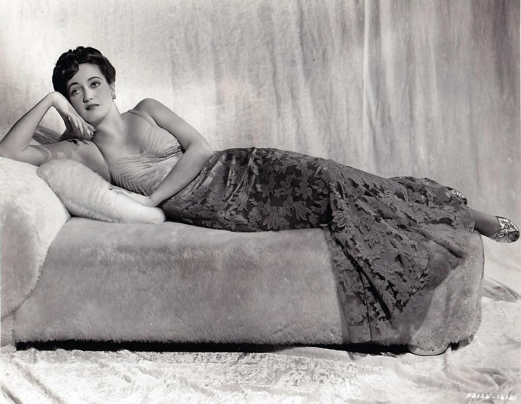 Dorothy Lamour (1940's) #sexy #celebs #backintheday https://t.co/w75XdZz7S8