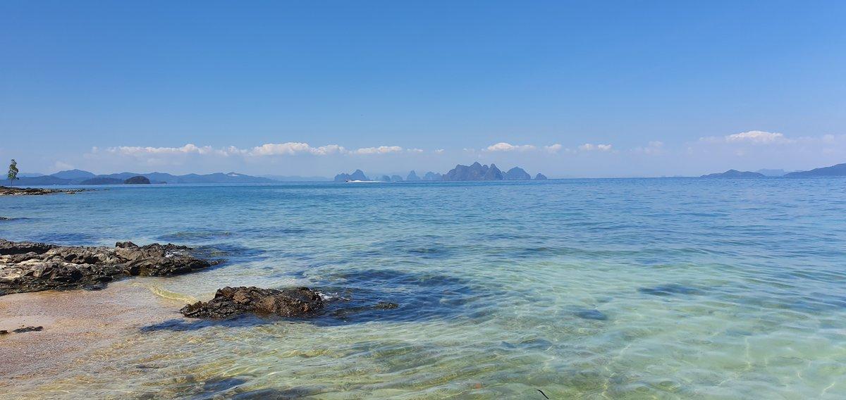 #OceanfrontLand   ขายที่ดินติดทะเล เกาะนาคาใหญ่ #ภูเก็ต ขนาด 36 ไร่ 💵 ราคาพิเศษวันนี้! ไร่ละ 6.5 ลบ. ลดจากไร่ละ 8.5 ลบ.  . กรุณานัดหมายเพื่อเข้าชม 📞 081 538 6879 📍 https://t.co/Cjt7fm1rQj https://t.co/EhhA73SK4J