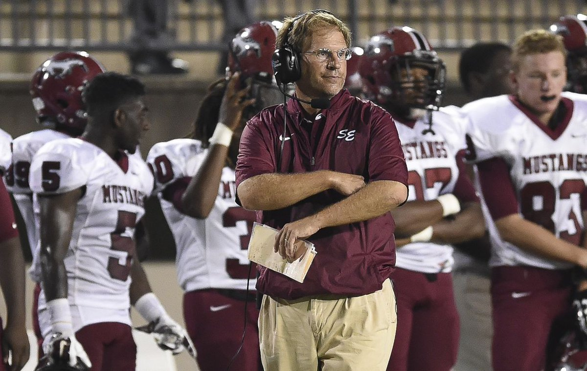 Mike Dean, Ryne Rials add experience to new Baldwin County football staff https://t.co/RlAR0M9Pbf https://t.co/QZQLN2QJGE