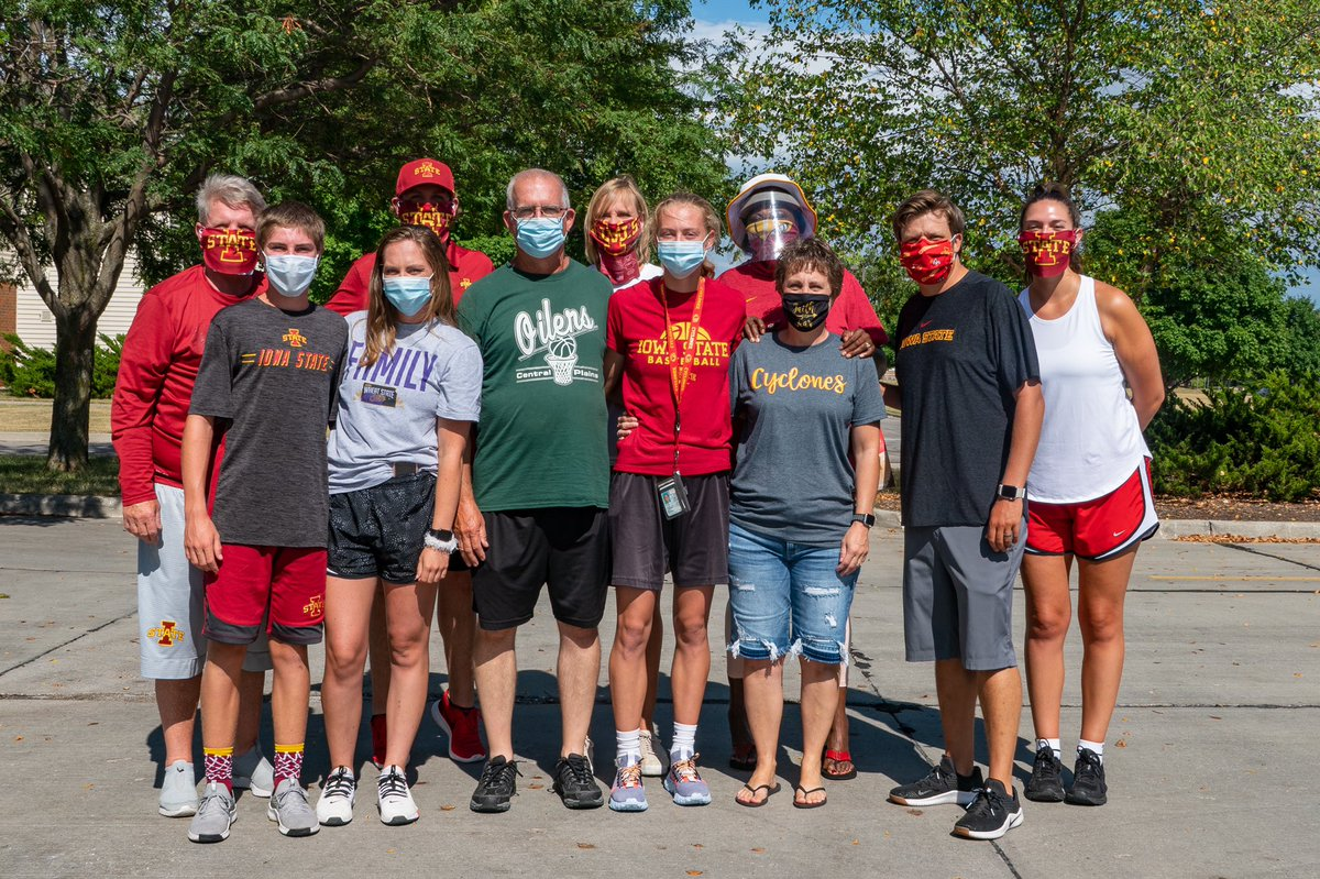 Our freshmen are all here.   Welcome, Aubrey, Lexi, Emily and Kylie!   #Cyclones    <br>http://pic.twitter.com/Mg2DNO0DEY